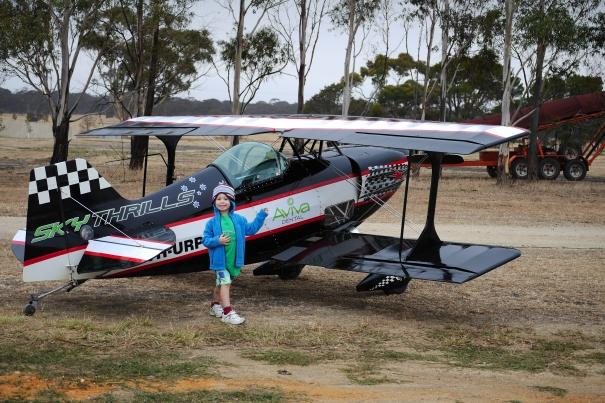 Kaelan and plane